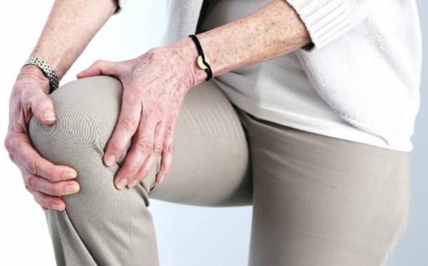 درمان زانودرد با عمل یا ورزش؟