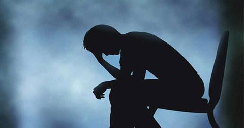 علائمی که می گوید افسرده اید و نمیدانید!