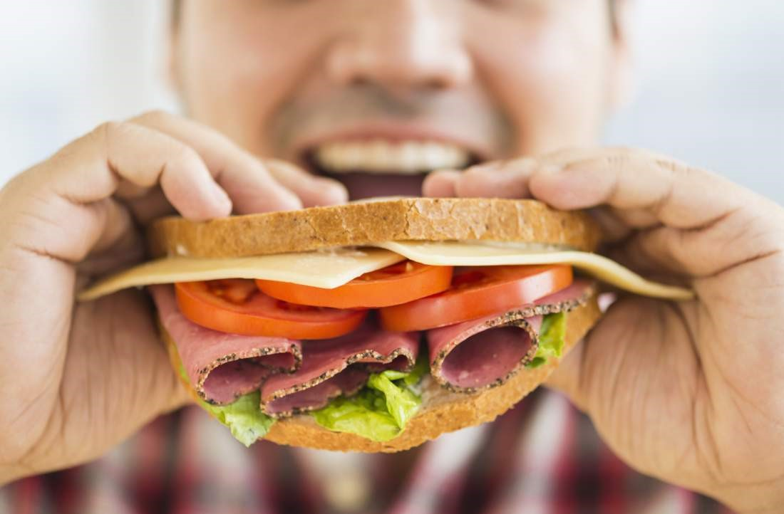 اگر سریع غذا می خورید، حتما این مطلب را بخوانید!