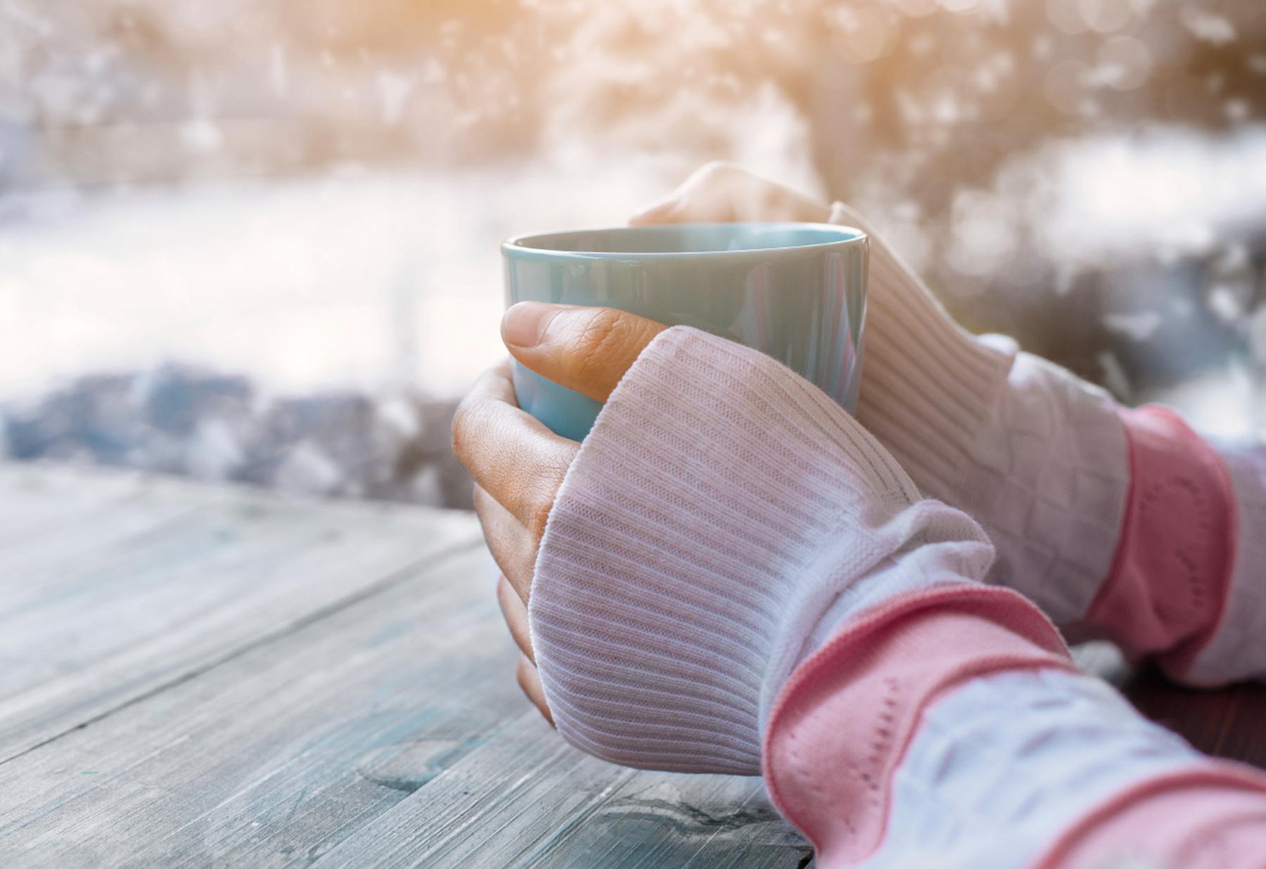 برای درمان سردی دائمی دست و پا چه کنیم؟
