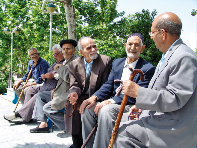 75 سال؛ سن امید زندگی ایرانیان اعلام شد