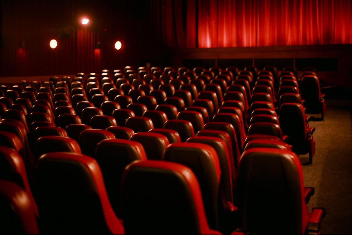 وزیر فرهنگ: نفوذ فرهنگی ایران به جهان می تواند از طریق سینما صورت گیرد