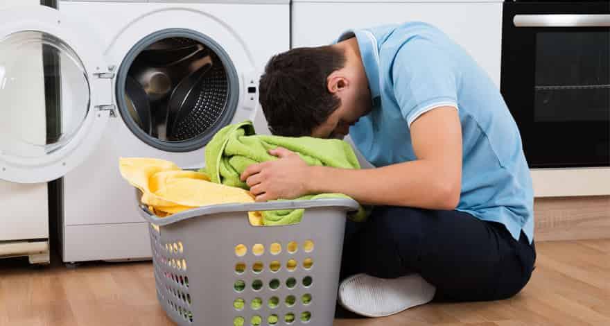 کارهایی که باعث خراب شدن لباسها در ماشین لباسشویی می شوند