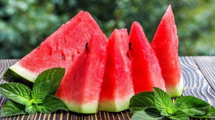 هندوانه میوه خوشمزه تابستانی!