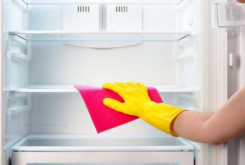 تمیز کردن قفسه های یخچال