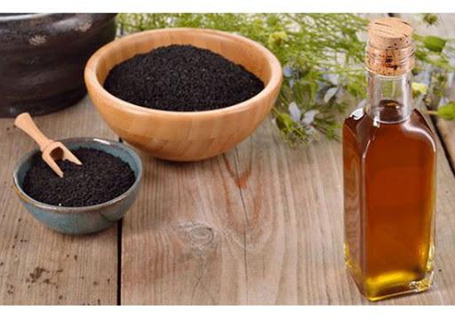 سیاه دانه با عسل