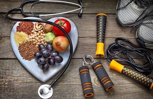 آیا روزه داری برای ورزشکاران مفید است یا مضر؟